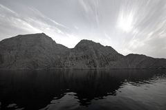 Mountains & Ocean In Musandam Royalty Free Stock Photography