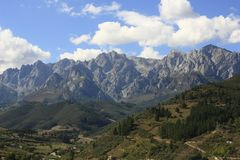 Free Mountains Peaks Of Europe In Potes, Cantabria Stock Image - 134542551