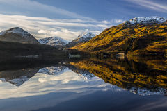 Free Mountains Reflected In Water Royalty Free Stock Images - 48467469