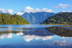 The mountains reflected in the smooth water Royalty Free Stock Photography