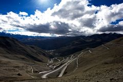 Mountains and road in Qinghai-Tibet Plateau Royalty Free Stock Photo