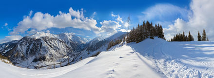 Free Mountains Ski Resort Kaprun Austria Stock Photos - 34766523