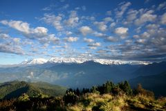 Mountains viewed from Hiking trail to annapurna Royalty Free Stock Images