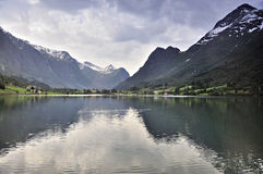 Mountains and water Royalty Free Stock Photography