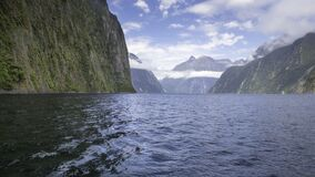 Mountains and water Royalty Free Stock Photos