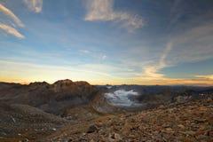 Mountainscape al tramonto Fotografie Stock Libere da Diritti