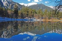 Mountainsee Lizenzfreie Stockfotos
