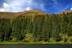 Mountainsee Stockbild
