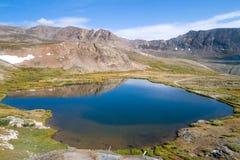 Mountainsee, Colorado Stockbilder
