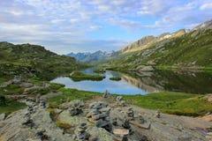 Mountainsee - Moesola Lizenzfreie Stockfotos