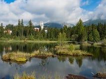 Mountainsee Nove Strbske Pleso im Nationalpark hohes Tatra, Slowakei, Europa stockfotos