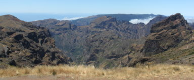 Mountainview boven de wolken Stock Fotografie