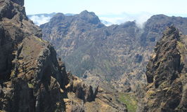 Mountainview boven de wolken Royalty-vrije Stock Afbeelding