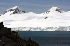 Mountans de neige en Antarctique image stock