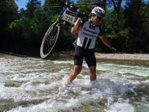 Mountian自行车种族 免版税库存照片