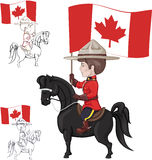 Mountie sur le cheval avec le drapeau du Canada à disposition Photo libre de droits