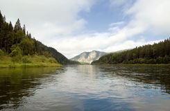 Mountines del fiume di Mana immagine stock