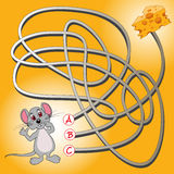 Mouse and cheese maze game Royalty Free Stock Images