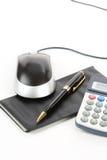 Mouse del calcolatore e del carnet di assegni Fotografia Stock