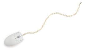 Mouse del calcolatore e serie di perle Fotografia Stock Libera da Diritti