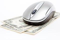 Mouse del calcolatore sui dollari Fotografie Stock