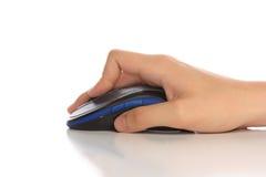 Mouse e mano del calcolatore Fotografia Stock Libera da Diritti