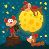Mouse with violin on a stump under the moon Royalty Free Stock Images