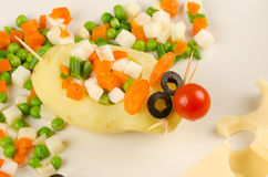 Free Mouse With Cheese Stock Images - 37642304