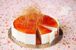 Mousse καραμέλας ρυζιού κέικ στοκ εικόνα