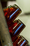 Mousserende wijn op rek 6 Stock Foto's