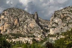 Moustiers Sainte Marie, dipartimento di Alpes-de-Haute-Provence, Fra Immagine Stock