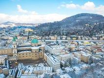 Moutain снега сезона зимы голубого неба Зальцбурга Австрии ландшафта городского пейзажа Стоковая Фотография