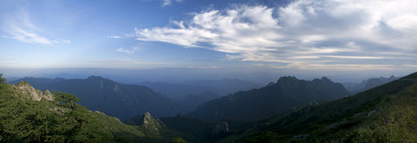 Free Moutain And Cloud Stock Photos - 29599913