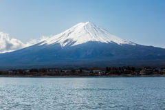 Moutain de Fuji del lago Kawaguchiko Imagenes de archivo