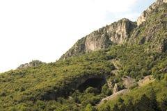 Moutain grotta Arkivbild
