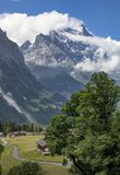 Moutainbiking em Grindelwald, switzerland foto de stock
