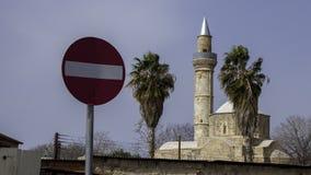 Moutallos moské i Paphos royaltyfri fotografi