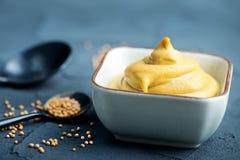 moutarde Photos stock