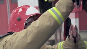 Mouvement de Car In Slow de sapeur-pompier clips vidéos