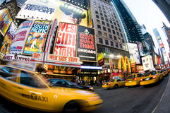 Mouvement de taxi de New York de Times Square Images libres de droits