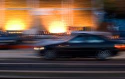 Mouvement de véhicule la nuit image libre de droits