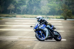Mouvement et commande d'étude de base pour le motocycle Photo stock
