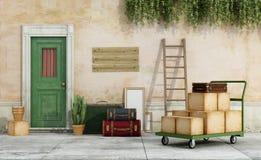 Mova-se de uma casa velha Fotos de Stock Royalty Free