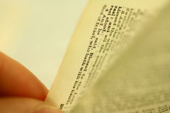 Mover de un tirón la biblia Imagen de archivo
