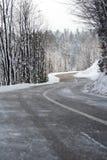 Movimentação da estrada do inverno fotografia de stock royalty free