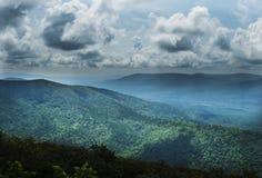 Movimentação de Talimena, montanhas de Ouachita, byway cênico fotografia de stock royalty free