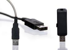 Movimentação e fio do flash do USB Foto de Stock