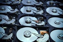 Movimentações abertas alinhadas do computador do disco rígido Fotos de Stock Royalty Free