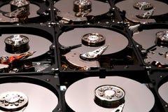 Movimentações abertas alinhadas do computador do disco rígido Fotografia de Stock