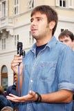 Movimento 5斯特尔,亚历山德罗Di巴蒂斯塔的意大利代理,在的里雅斯特 免版税库存照片